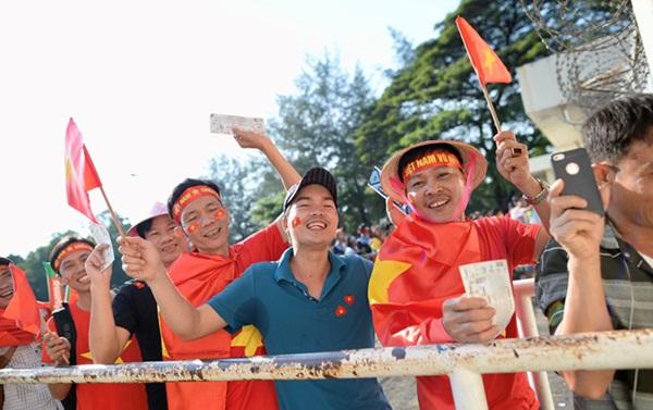 Việt Nam gặp Campuchia, HLV Park cần giải phóng Quang Hải - Bóng Đá