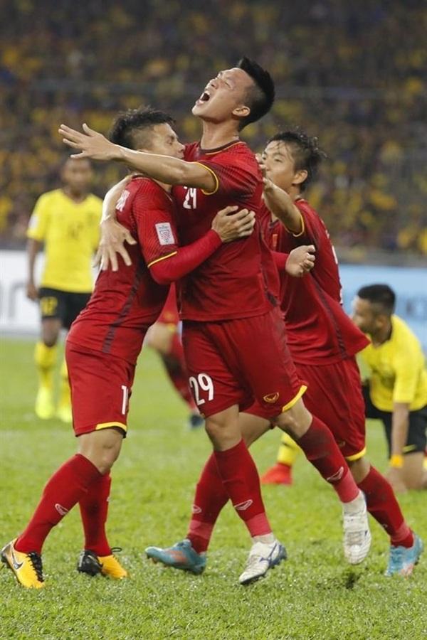 Tuyển Việt Nam lập kỷ lục gần 10 năm mới có trên đài Hàn Quốc - Bóng Đá