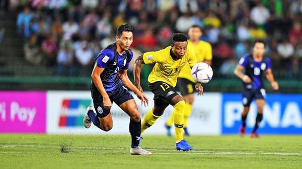 Tuyển Malaysia muốn tăng cường sức mạnh bằng cầu thủ nhập tịch - Bóng Đá