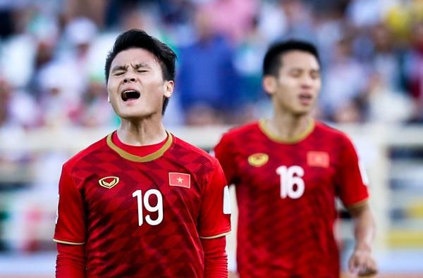 Vì Quang Hải, thầy Park tranh cãi với HLV Queiroz lừng danh - Bóng Đá