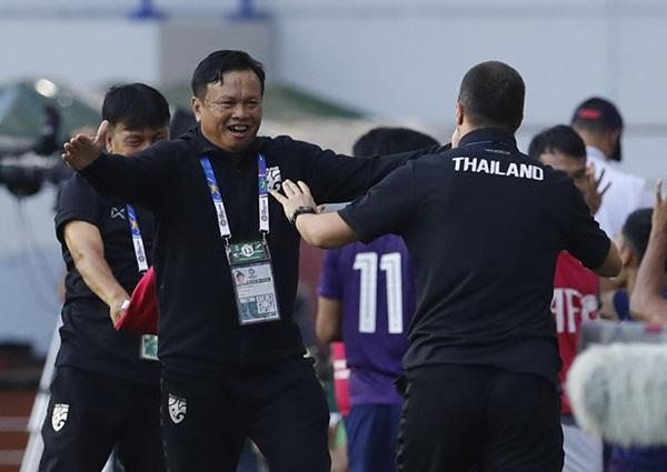 Nhờ đâu tuyển Thái Lan hồi sinh ở Asian Cup 2019? - Bóng Đá