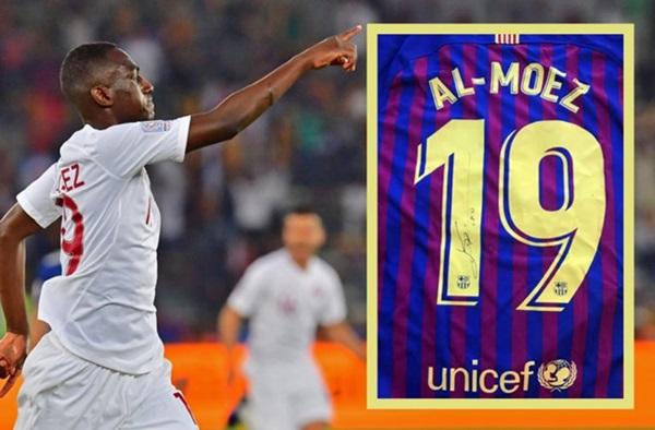 Vua phá lưới Asian Cup nhận món quà đặc biệt từ Messi - Bóng Đá