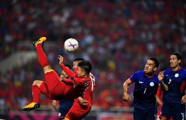 Tiền vệ Nguyễn Quang Hải : Hơn cả một quái kiệt - Bóng Đá