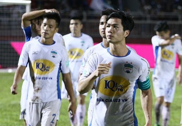 Cầu thủ Việt xuất ngoại và những rào cản đầu tiên - Bóng Đá