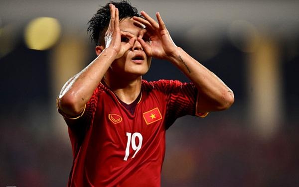 Fellaini và đồng đội có giá trị gấp hơn 53 lần CLB Hà Nội - Bóng Đá