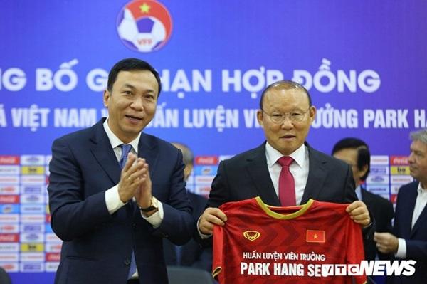 Thầy Park lên tiếng cảm ơn bầu Đức - Bóng Đá