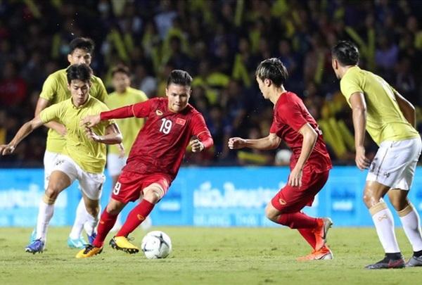 Báo Thái lo ngại những cầu thủ họ Nguyễn của VN khi đến Mỹ Đình - Bóng Đá