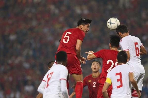 Báo Hà Lan nói về Văn Hậu và trận đấu với Thái Lan - Bóng Đá