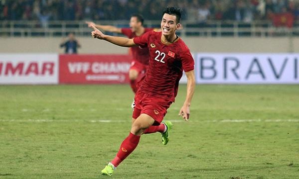 Cựu cầu thủ Huỳnh Quang Thanh chỉ ra điều còn thiếu của ĐTVN đấu Thái Lan - Bóng Đá
