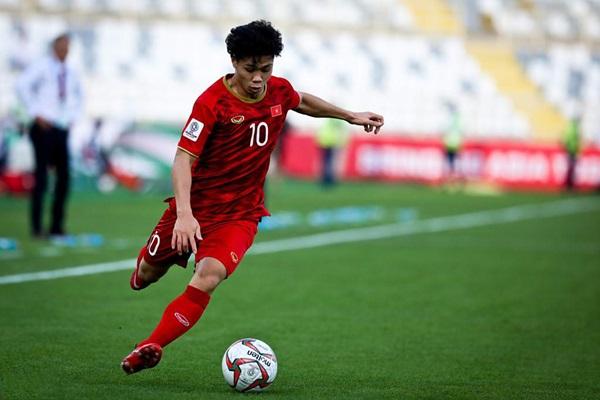 Trợ lý thầy Park cho rằng VN gặp khó vì thiếu những cầu thủ như Công Phượng - Bóng Đá