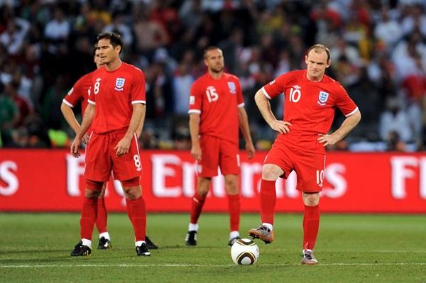 Thế hệ vàng tuyển Anh gục ngã bởi 'bàn thắng ma' World Cup 2010 - Bóng Đá