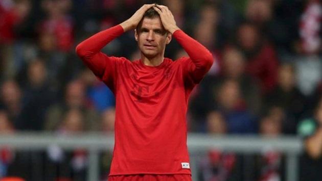 Bayern Munich vẫn chưa thoát ra khỏi khủng hoảng.