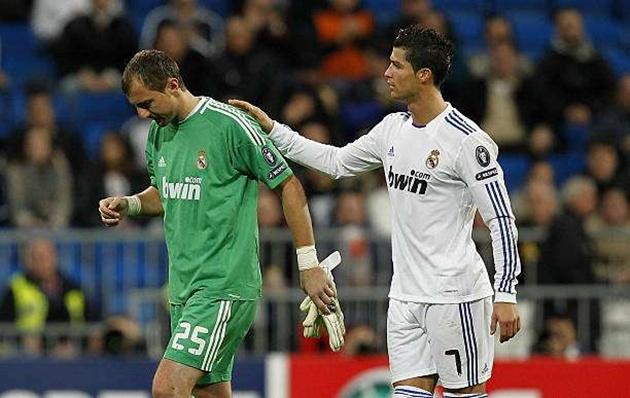 5 cầu thủ từng sát cánh Ronaldo không nhắc chẳng ai nhớ - Bóng Đá