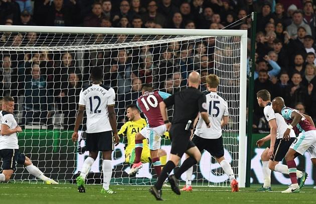 West Ham vui mừng với màn ngược dòng không tưởng.
