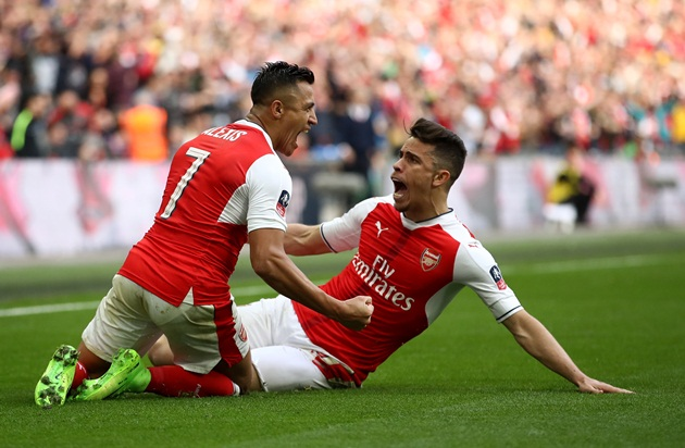 Tan nát hàng thủ, Arsenal lấy gì hạ Chelsea? - Bóng Đá