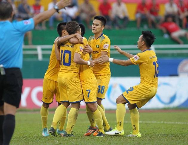 TRỰC TIẾP vòng 16 V-League: Công Phượng níu kéo hi vọng - Bóng Đá