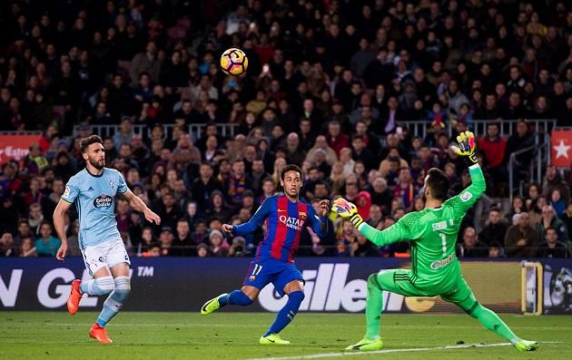 5 lí do khiến Messi nên được đá tiền vệ mùa giải tới - Bóng Đá