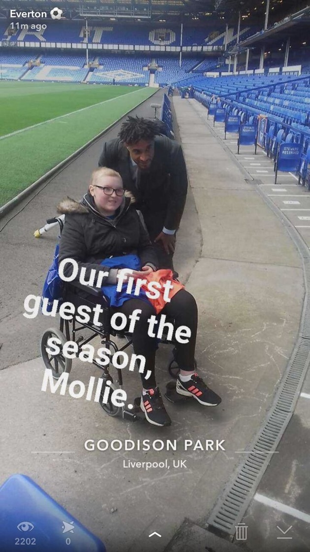 Dàn soái ca của Everton tiến vào Goodison Park - Bóng Đá