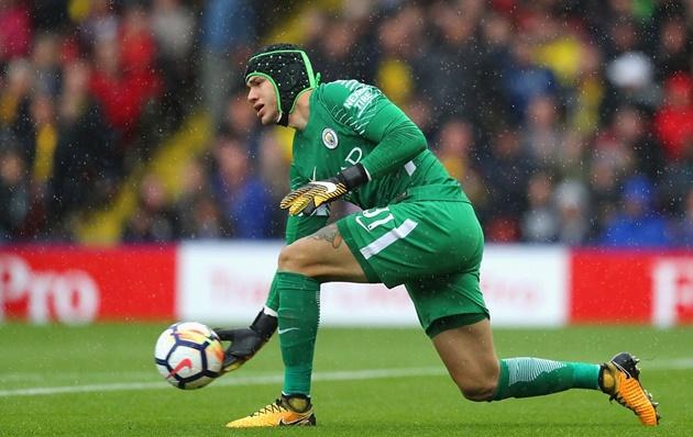 Watford 0-6 Manchester City: Gọi tên kỉ lục gia Aguero - Bóng Đá