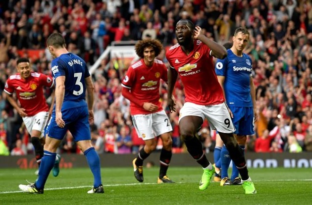 Man Utd đạt doanh thu kỉ lục mùa 2016-2017 - Bóng Đá