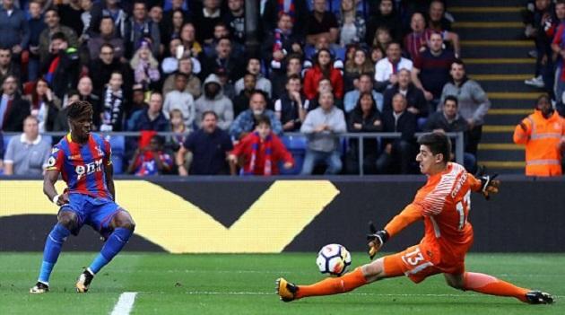 Conte bất lực nhìn hàng thủ Chelsea vụn vỡ trước đội bét bảng - Bóng Đá