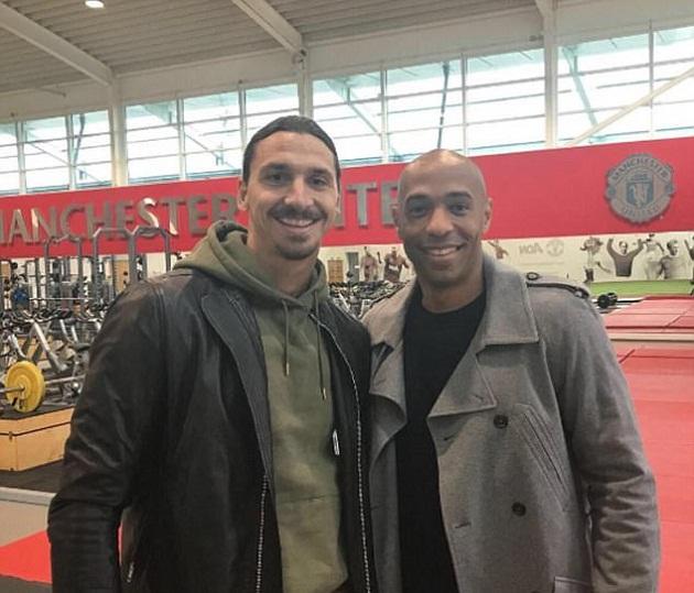 SỐC: Henry thăm Man Utd, ca ngợi Ibra - Bóng Đá