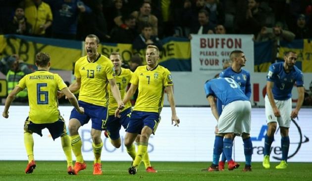 Vừa hay lại vừa may, Thụy Điển đẩy Italia đến bờ vực thẳm - Bóng Đá