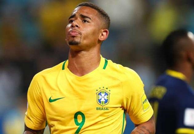 Gabriel Jesus được khen là truyền nhân mới của Ronaldo - Bóng Đá