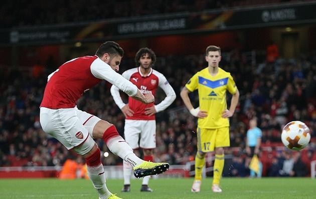 Hàng thủ BATE Borisov bất lực trước đi bóng mang thương hiệu Wilshere - Bóng Đá