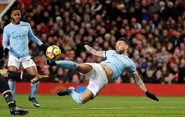 TRỰC TIẾP Man Utd 1-2 Man City: Rút Jesus, Pep cố thủ (H2) - Bóng Đá