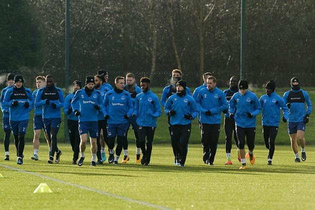Viện binh khủng trở lại, Everton quyết