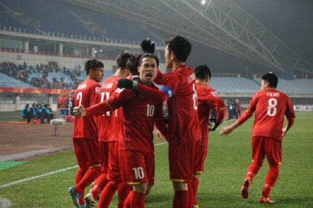 TRỰC TIẾP U23 Iraq 1-1 U23 Việt Nam: Tiến Dũng bị đánh bại ở chấm phạt đền (H1) - Bóng Đá