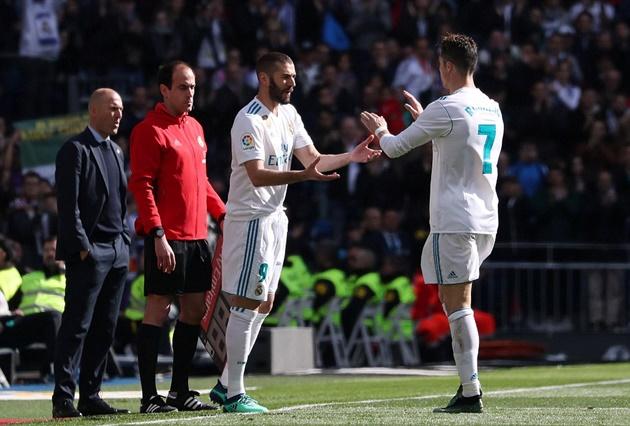 Zidane thanh minh việc cho Ronaldo nghỉ sớm - Bóng Đá
