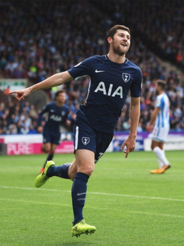 Chấm điểm Tottenham: Kane nổ súng vẫn thua xa một người - Bóng Đá