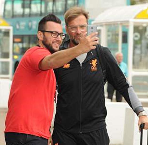 Liverpool đến Tây Ban Nha