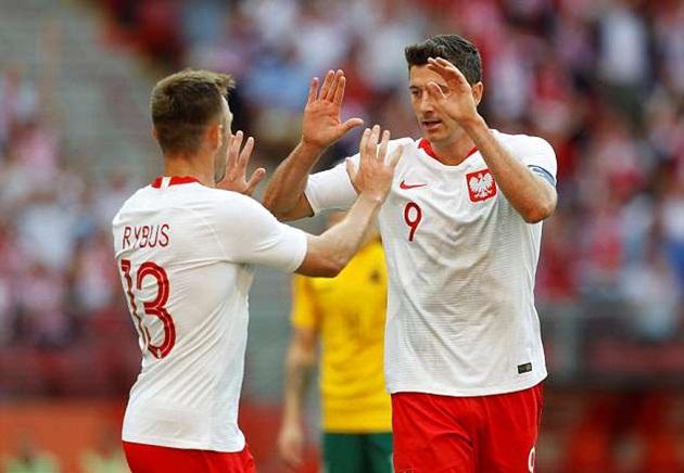 Lewandowski lập siêu phẩm sút phạt, Ba Lan vùi dập Lithuania 4 bàn không gỡ - Bóng Đá