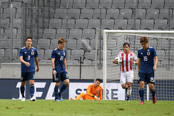 Shinji Kagawa lăn xả trước Paraguay, bất chấp World Cup chỉ còn đếm bằng giờ - Bóng Đá