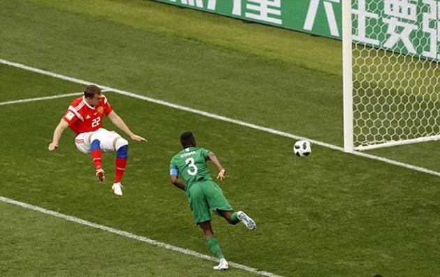 TRỰC TIẾP Nga 3-0 Saudi Arabia: Dzyuba đánh đầu không thể cản phá (H1) - Bóng Đá