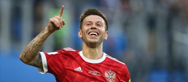 Chấm điểm Nga: Golovin thay Dzagoev gánh vác hàng công - Bóng Đá
