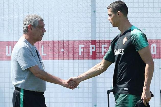 Hậu hat-trick, Ronaldo tiếp tục luyện tuyệt kĩ trên sân tập - Bóng Đá