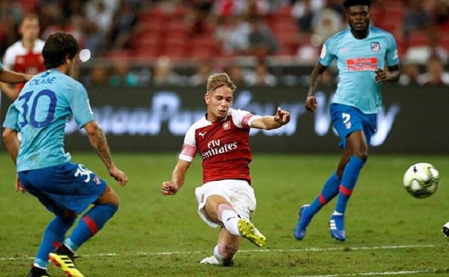 """5 điểm nhấn Atletico Madrid 1-1 Arsenal: Emery đem 4-4-2 trở lại, phát hiện ra """"ngọc quý"""""""