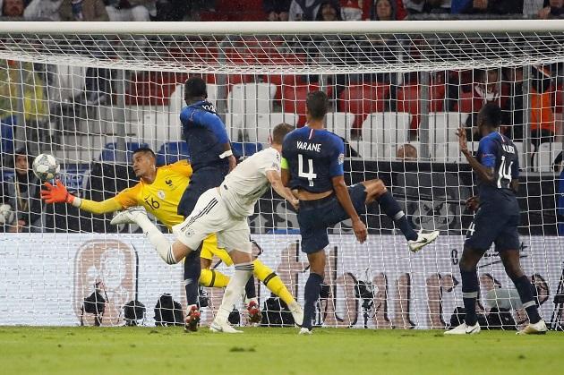 Dư âm Đức 0-0 Pháp: Pogba
