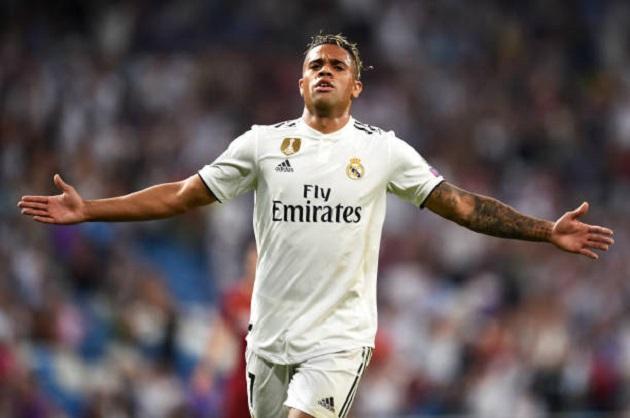 Dư âm chiến thắng Real: Mariano Diaz hơn cả Ronaldo, Bale