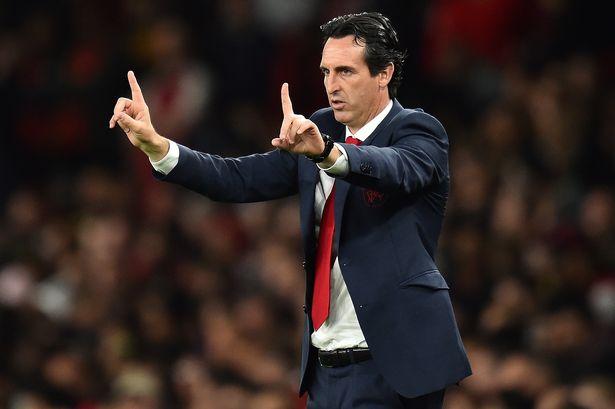 Dư âm chiến thắng Arsenal: Welbeck thoát kiếp