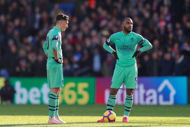 Dư âm trận hòa của Arsenal: Trở lại mặt đất thôi Unai Emery! - Bóng Đá