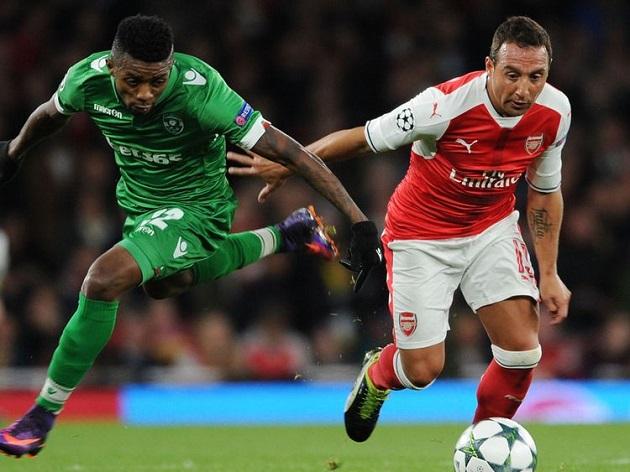 Hàng thủ Real thua không chiến cầu thủ chỉ cao 1m65, suýt bị cắt chân do hoại tử - Bóng Đá
