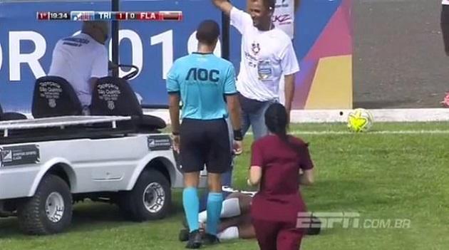 Cầu thủ Brazil dính