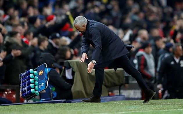 Hội chứng thích sân khách sẽ giúp Man Utd tạo nên điều kì diệu ở Nou Camp? - Bóng Đá