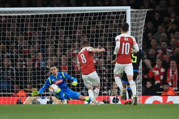 5 điểm nhấn Arsenal 2-0 Napoli: Đội khách bại trận vì