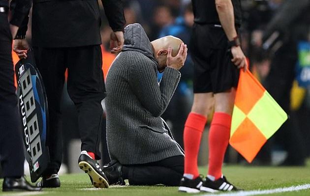 Sau tất cả, Pep Guardiola vẫn bị ám quẻ bởi